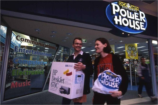 1981: Acquisition of Dick Smith