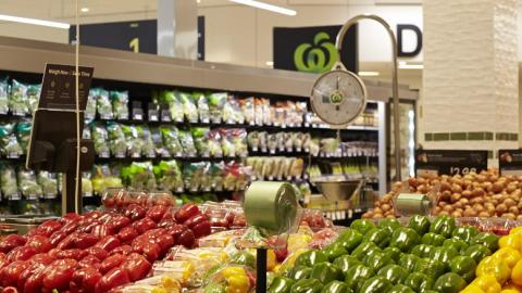 Woolworths Selandra Rise welcomes first customers to new store