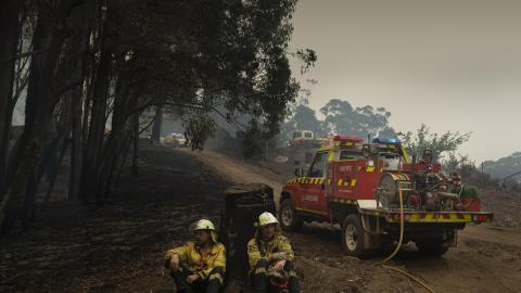 Woolworths Group says thank you to volunteer firefighters  and emergency services with 10% discount