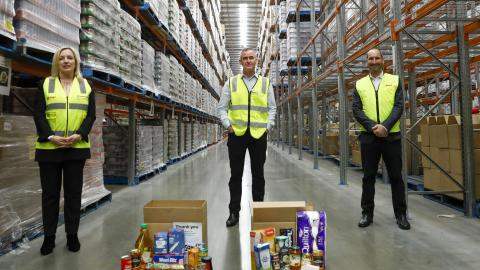 Woolworths ramps up online delivery capacity to support elderly and vulnerable Australians in self-isolation