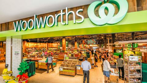 Woolworths expands community hour and introduces new social distancing measures to uphold public safety