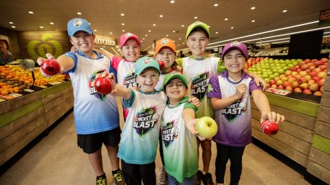 Woolworths steps onto the cricket pitch with nationwide junior community partnership