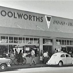 Centralian Traders converted to Woolworths Supermarket - 1960